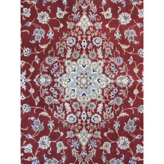 Medalion Design Wool & Cotton Nain Persian Rug  -  RN5017